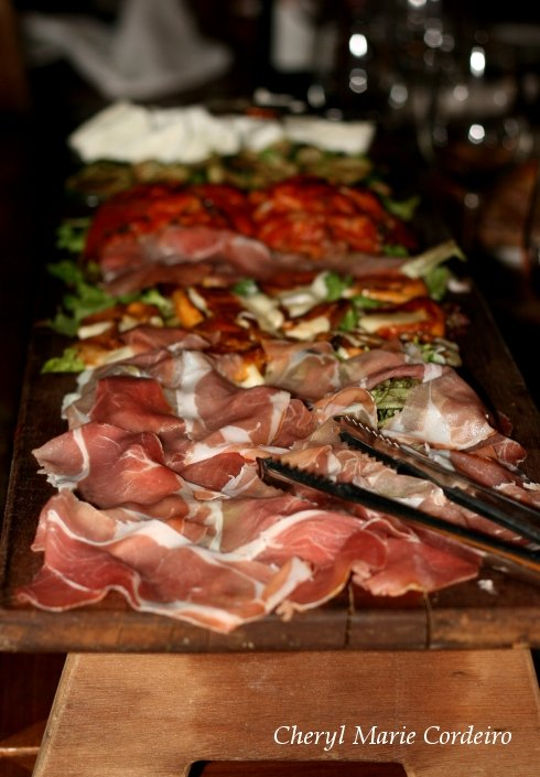 Appetizer of parma ham at La Braceria, Singapore.