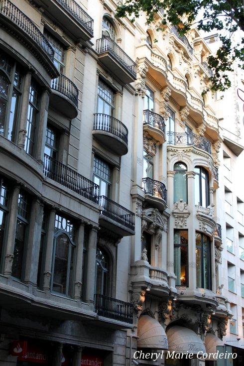 La Rambla, building facade.
